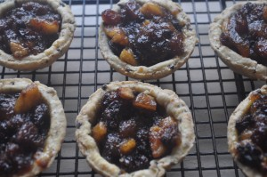 Open-topped mince pies